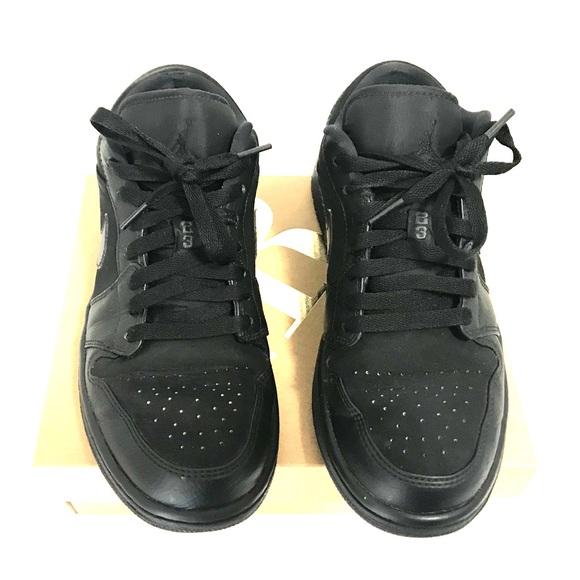 on sale 4e6a3 e6151 Nike Air Prestige III Low Black Black Men s Shoe. M 5c8e94a3035cf178759861ea